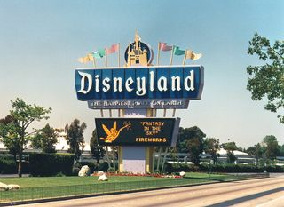 Ultimate-disney-land-tour